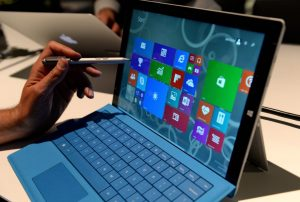 The new Microsoft Surface Pro 3 tablet with detachable keyboard and pen for writing on the screen after it was unveiled May 19, 2014 in New York. Microsoft unveiled the Surface Pro 3 tablet at an event in New York on Tuesday, as it attempts to fuel interest in its struggling tablet line amid increasing competition. The Intel Core-powered tablet measures 0.36 inches thick, boasts a 12-inch screen and weighs just under 2 pounds. AFP PHOTO/Stan HONDA (Photo credit should read STAN HONDA/AFP/Getty Images)